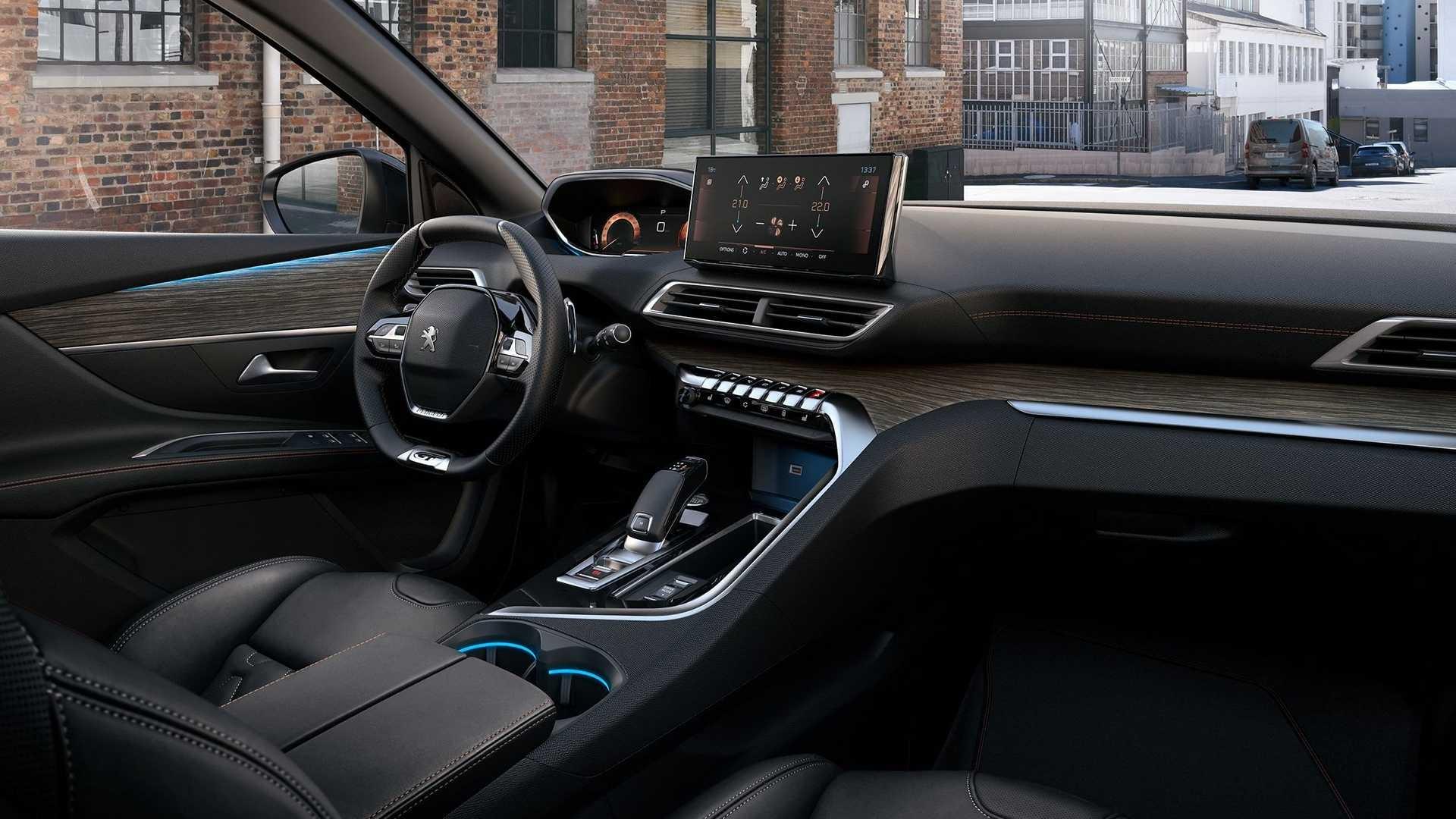 Peugeot 5008 2020 року