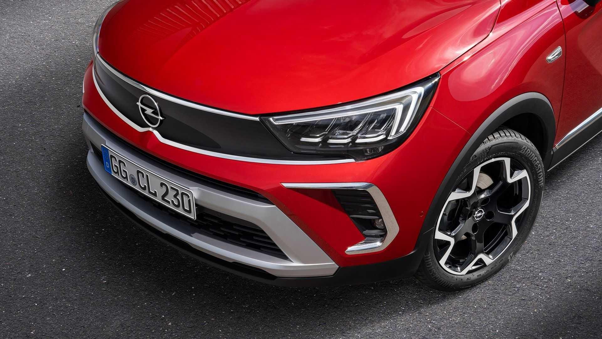 Opel Crossland 2021 року