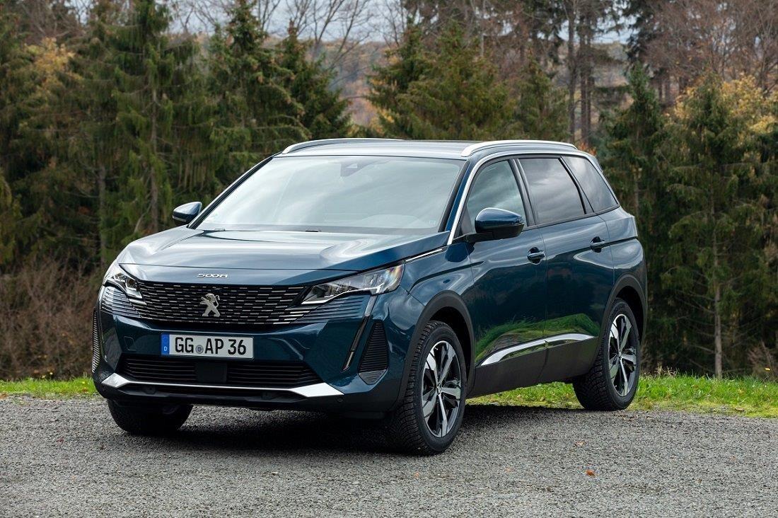Peugeot представила кросовер 5008 в Україні