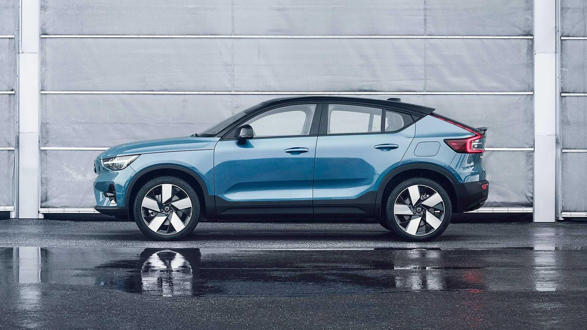 Volvo представив другий електромобіль: крос-купе C40